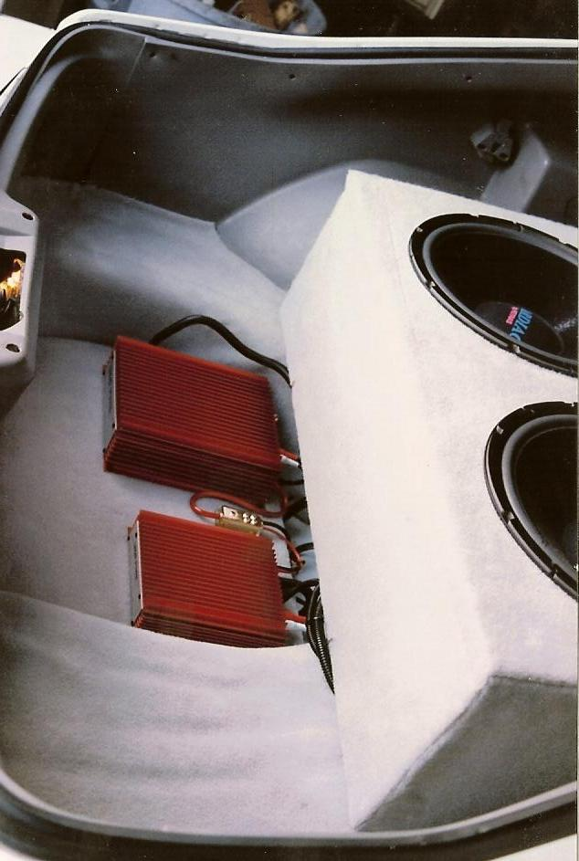 Trunk-mounted amps and speakers